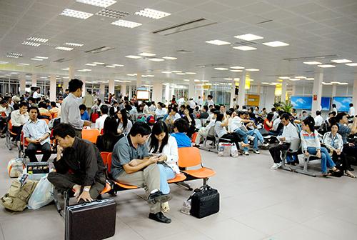 Nhắc nhở 3 hãng hàng không về tỷ lệ chậm, hủy chuyến bay tăng cao