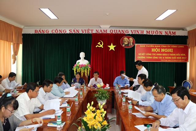 Ban Tuyên giáo Tỉnh ủy Vĩnh Long sơ kết công tác khoa giáo