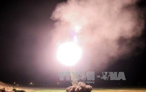 Iran tấn công tên lửa vào các mục tiêu của tổ chức Nhà nước Hồi giáo tại Syria