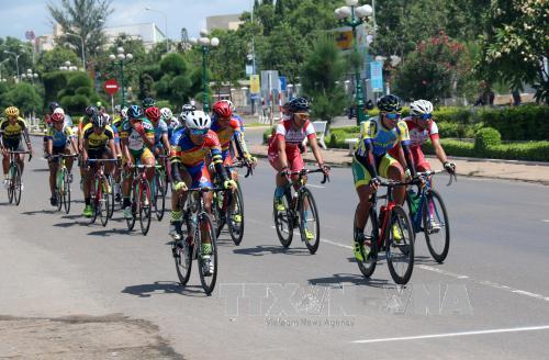 150 tay đua tranh tài tại Giải vô địch xe đạp đường trường trẻ toàn quốc năm 2017