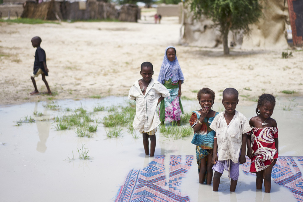 Dịch bệnh đe dọa sức khỏe của hàng triệu trẻ em khu vực Hồ Chad
