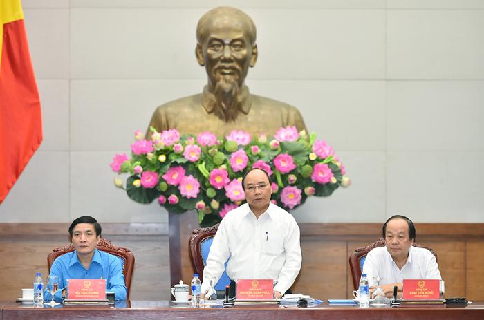 Chính phủ luôn đặc biệt quan tâm đến đời sống vật chất, tinh thần của người lao động