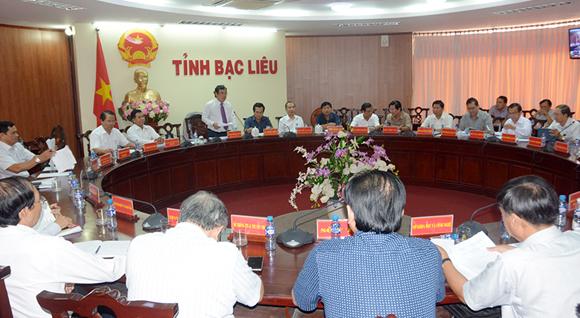 Phiên họp thành viên Ủy ban nhân dân tỉnh tháng 6/2017
