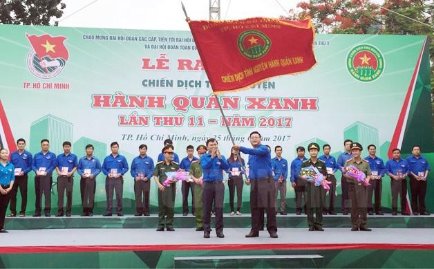 Ra quân Chiến dịch tình nguyện Hành quân xanh lần thứ 11 năm 2017