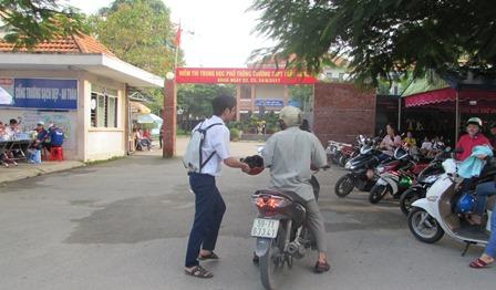 TP.Hồ Chí Minh: Một thí sinh bị đình chỉ thi do sử dụng điện thoại
