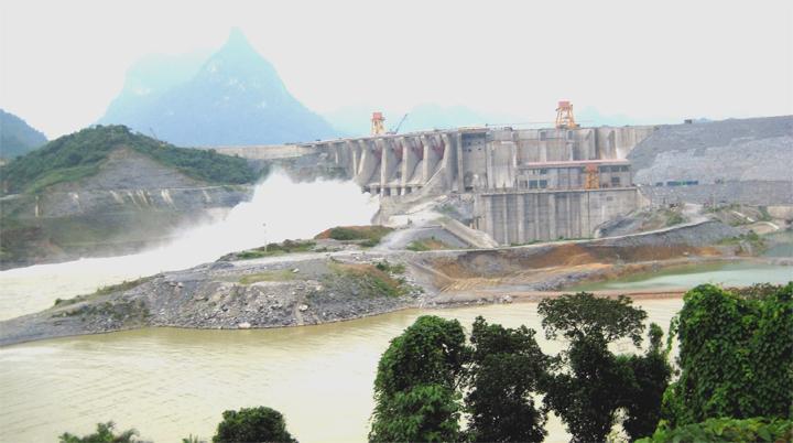 Mở 1 cửa xả đáy Công ty Thủy điện Tuyên Quang