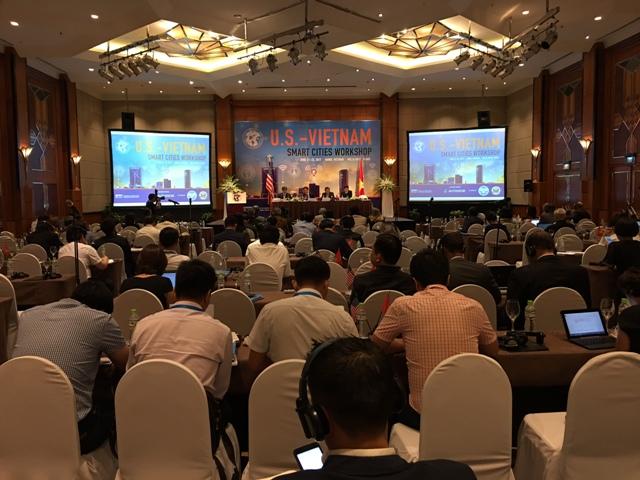 Hỗ trợ phát triển cơ sở hạ tầng đô thị thông minh tại Việt Nam