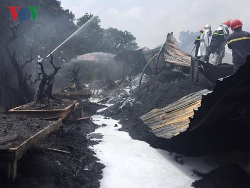 Dập tắt vụ cháy lớn tại Tân Triều, Hà Nội