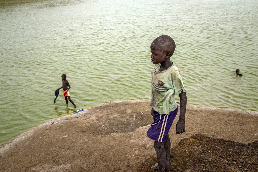 Trẻ em Nam Sudan - nạn nhân khốn khổ của xung đột