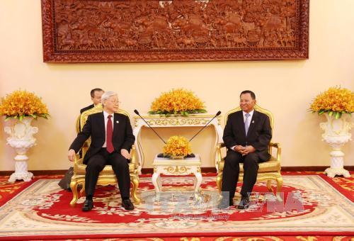 Tổng Bí thư Nguyễn Phú Trọng hội kiến Chủ tịch Thượng viện Vương quốc Campuchia Samdech Say Chhum