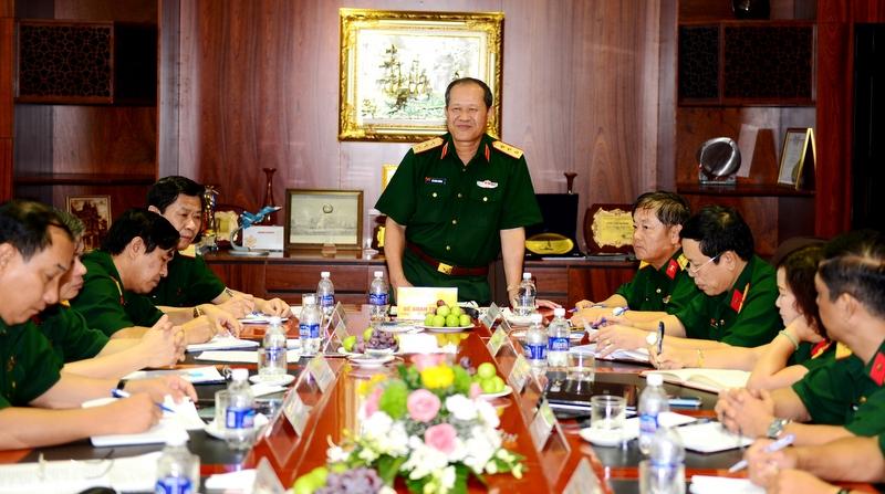 Lãnh đạo Bộ Quốc phòng thăm và làm việc tại Tổng công ty Sông Thu