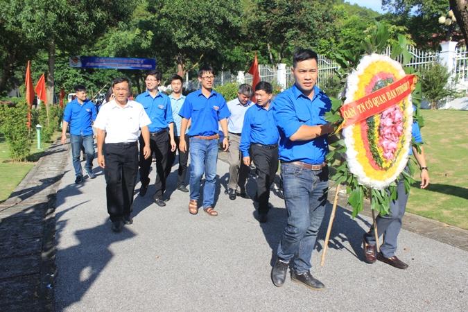 Đoàn thanh niên Ban Tuyên giáo Trung ương tri ân một số gia đình chính sách tại Hải Phòng