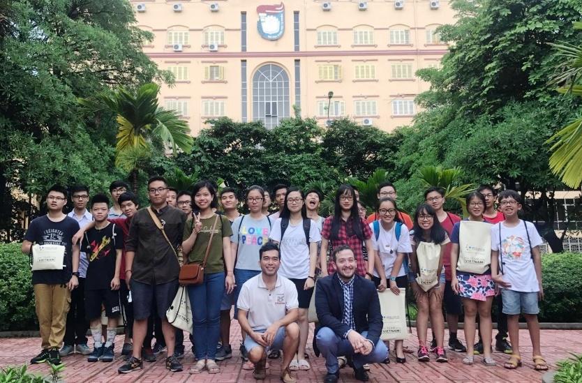 Đoàn giáo viên, học sinh Việt Nam trải nghiệm môi trường khởi nghiệp tại Israel