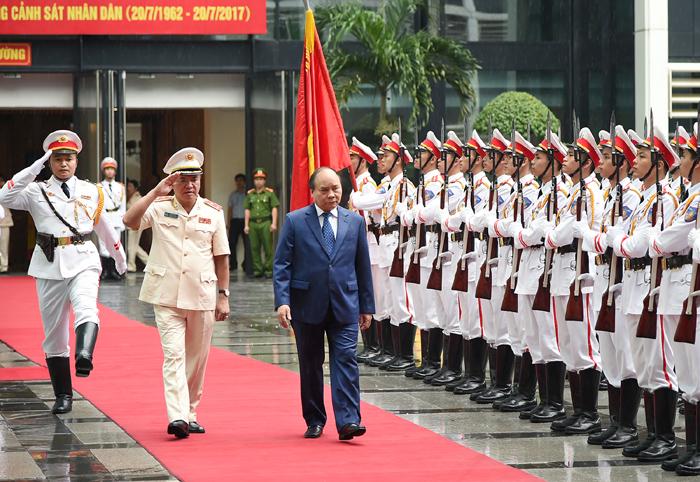 Thủ tướng dự Kỷ niệm 55 năm Ngày truyền thống lực lượng Cảnh sát nhân dân