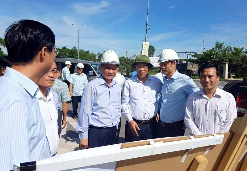 Quảng Nam đề nghị Trung ương hỗ trợ đầu tư phát triển Cảng hàng không Chu Lai