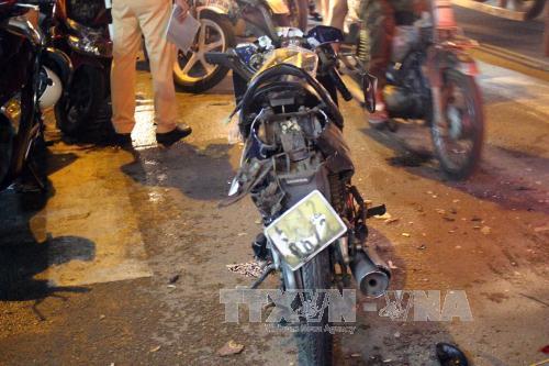 Khắc phục hậu quả vụ tai nạn giao thông đặc biệt nghiêm trọng tại Thành phố Hồ Chí Minh