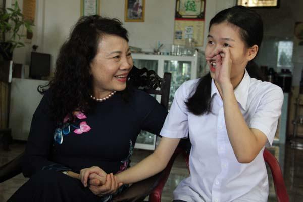 Bộ GD&ĐT tri ân liệt sĩ và gia đình chính sách tại Quảng Trị