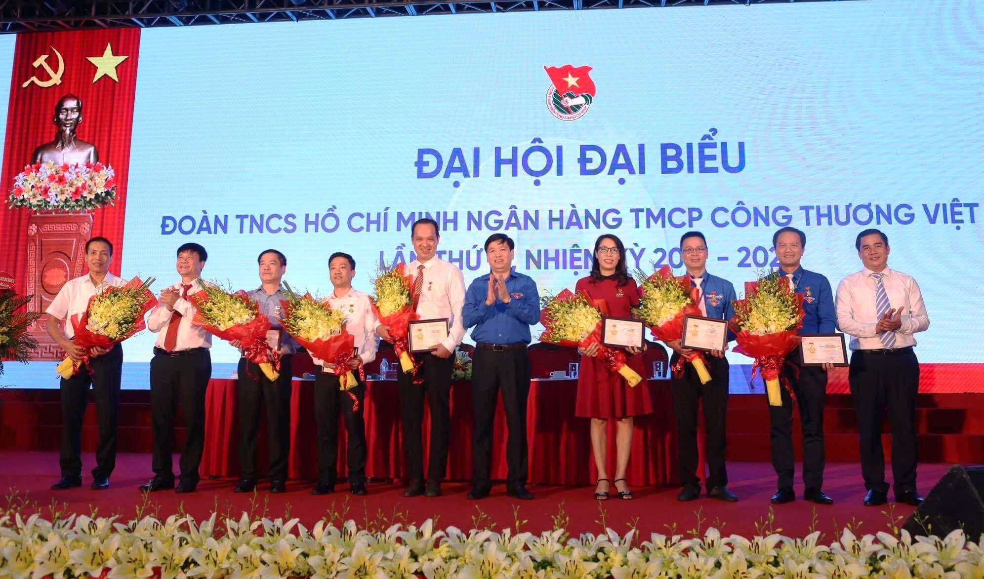 Tiếp tục củng cố, xây dựng tổ chức Đoàn Vietinbank vững mạnh