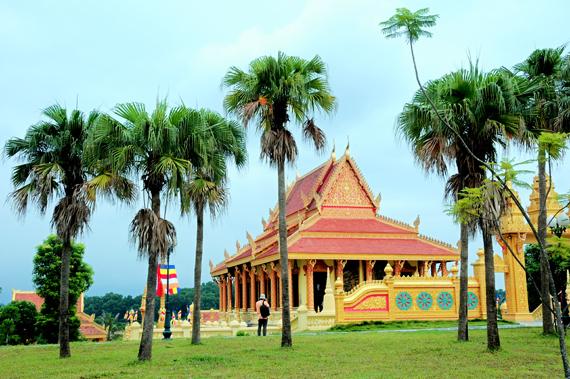 Kiến trúc độc đáo chùa Khmer