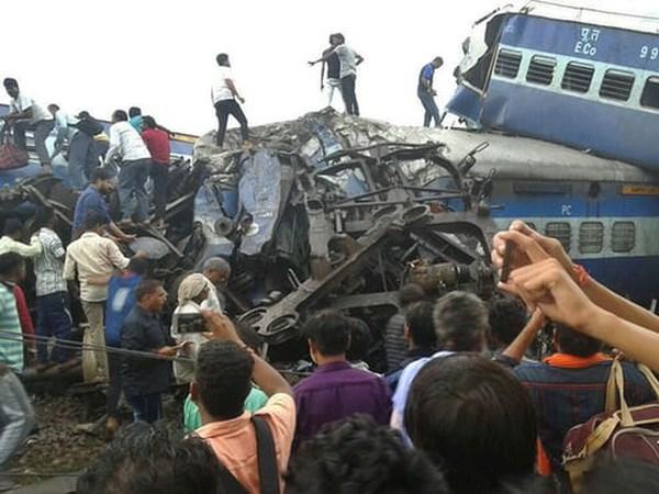 Vụ tai nạn đường sắt tại Ấn Độ có thể do phá hoại