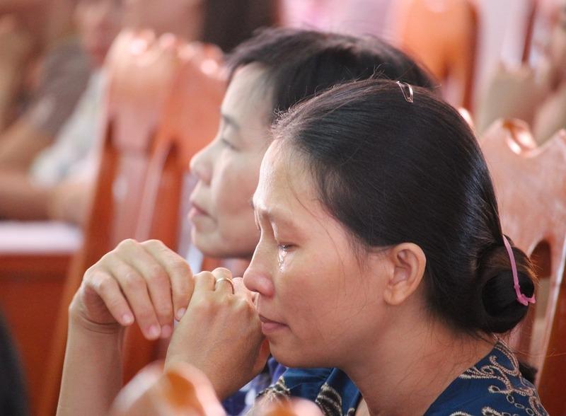 Việc cắt hợp đồng đối với 51 giáo viên ở Phú Yên có đúng luật?
