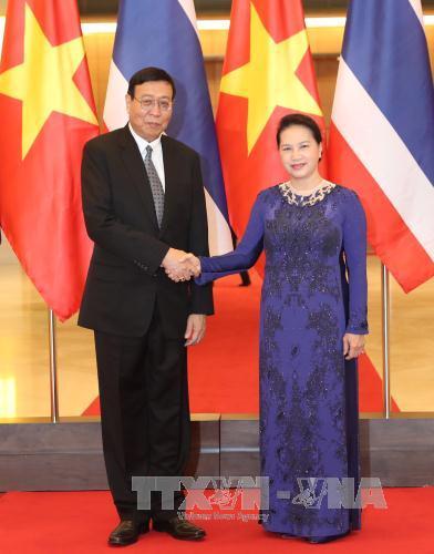 Chủ tịch Quốc hội Nguyễn Thị Kim Ngân đón, hội đàm với Chủ tịch Hội đồng Lập pháp quốc gia Vương quốc Thái Lan