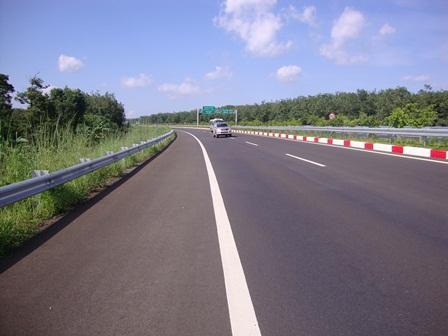 Chính thức thu phí tự động tuyến đường cao tốc thành phố Hồ Chí Minh - Long Thành - Dầu Giây