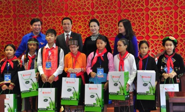 Chủ tịch Quốc hội Nguyễn Thị Kim Ngân: Tiếp tục làm tốt công tác chăm sóc, giáo dục và bảo vệ trẻ em