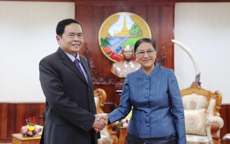 Tiếp tục phát triển mối quan hệ hợp tác giữa Mặt trận Tổ quốc hai nước Lào - Việt Nam