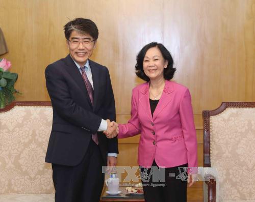 Trưởng ban Dân vận Trung ương Trương Thị Mai tiếp Giám đốc ILO tại Việt Nam