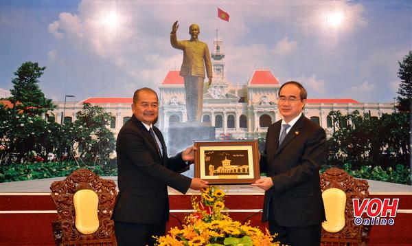 Thắt chặt mối quan hệ giữa Thành phố Hồ Chí Minh với các địa phương Lào