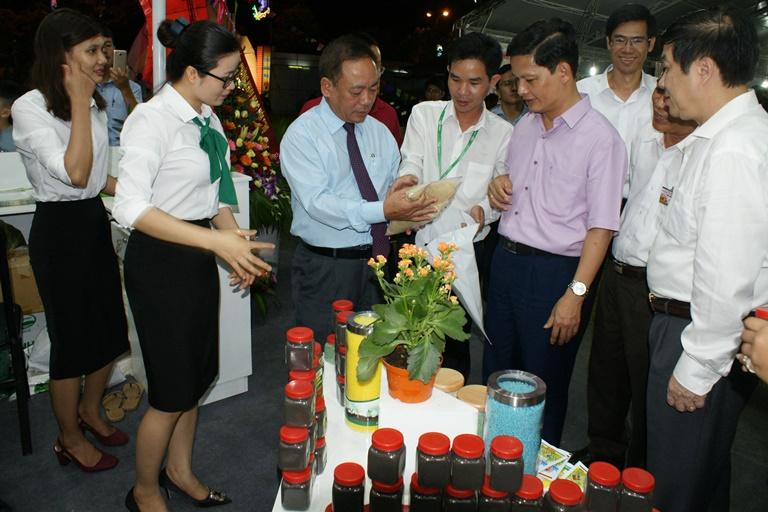 Hội chợ Triển lãm Nông nghiệp - Thương mại vùng Bắc Trung Bộ năm 2017