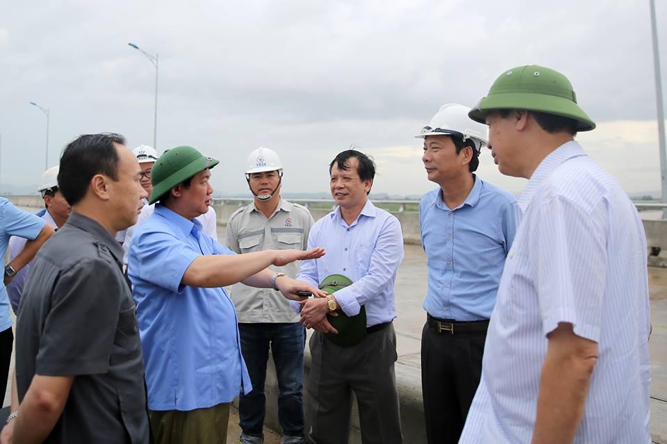 Phó Thủ tướng Vương Đình Huệ: Quảng Ninh tiếp tục hoàn thiện đề án và quy hoạch đặc khu Vân Đồn