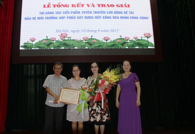 Trao giải Cuộc thi sáng tác tiểu phẩm tuyên truyền về bảo vệ môi trường