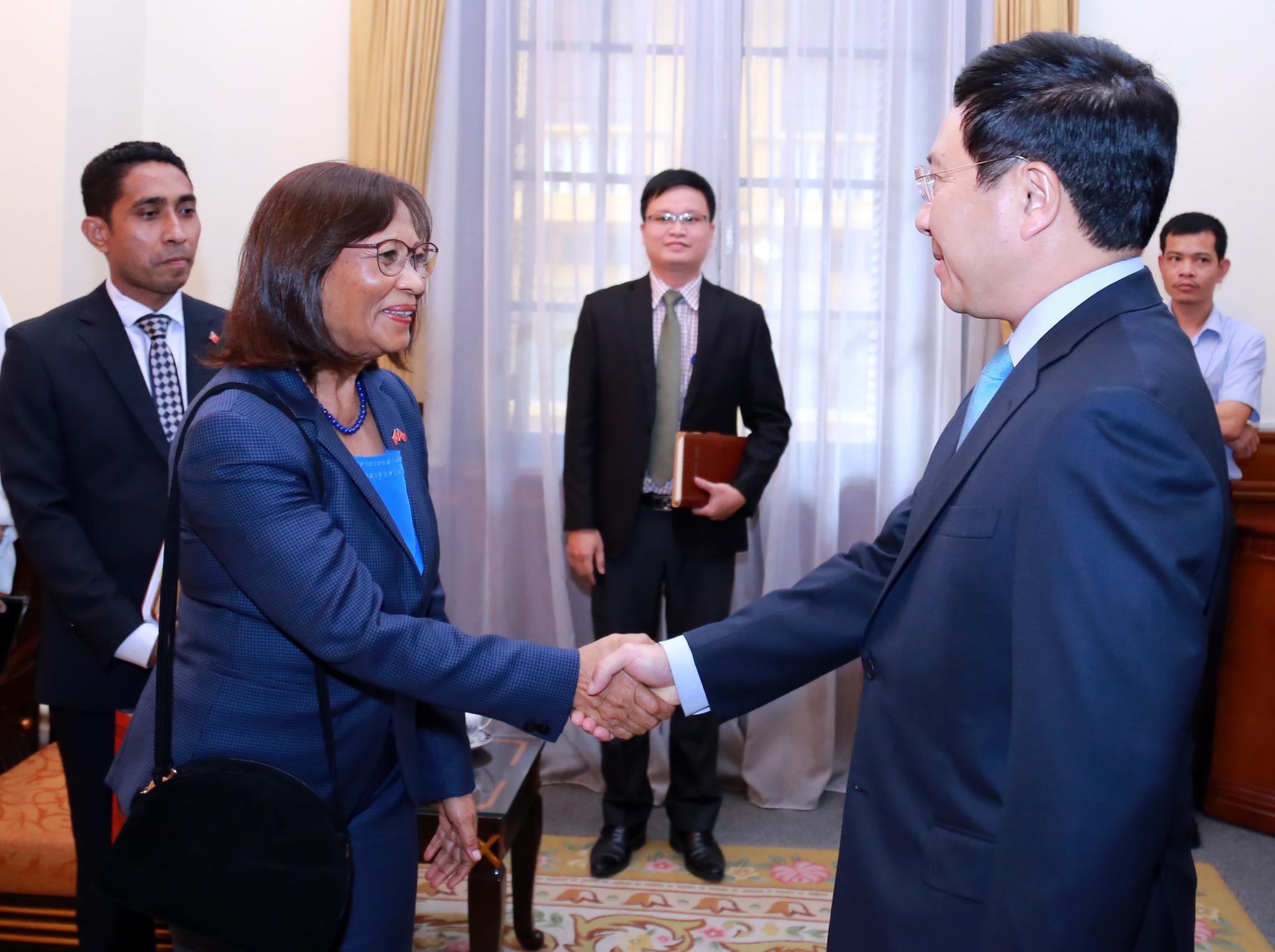 Việt Nam luôn luôn hợp tác chặt chẽ với Timo Lét-xtê