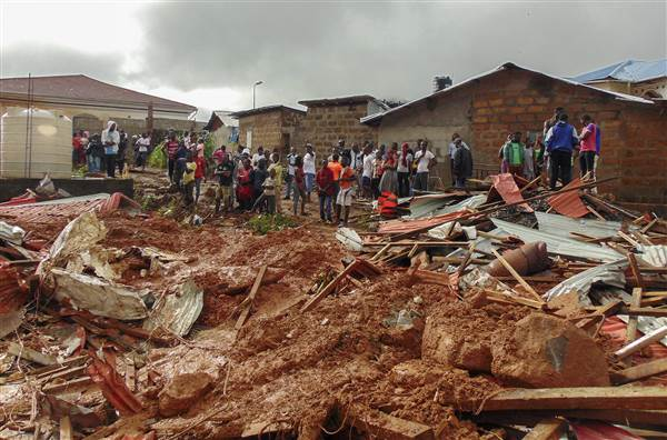Sierra Leone: Lở bùn đất kinh hoàng làm gần 400 người thiệt mạng, 600 người mất tích