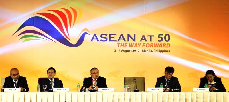 Hội thảo kỷ niệm 50 năm ASEAN tại Philippines