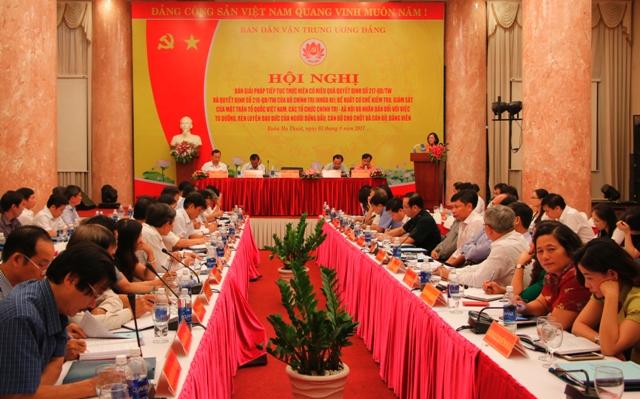 Bàn giải pháp tiếp tục thực hiện có hiệu quả Quyết định số 217, 218 của Bộ Chính trị