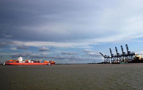 Thí điểm thu phí bảo đảm hàng hải luồng Soài Rạp đến hết 2020