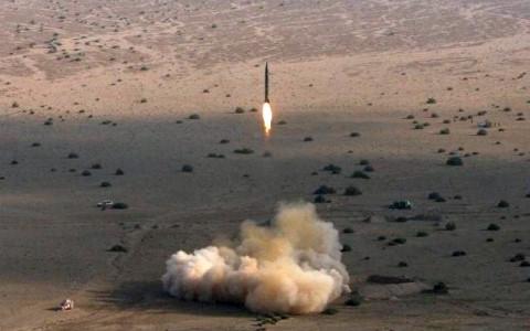 Iran thông qua dự luật thúc đẩy chi tiêu cho chương trình phát triển tên lửa đạn đạo