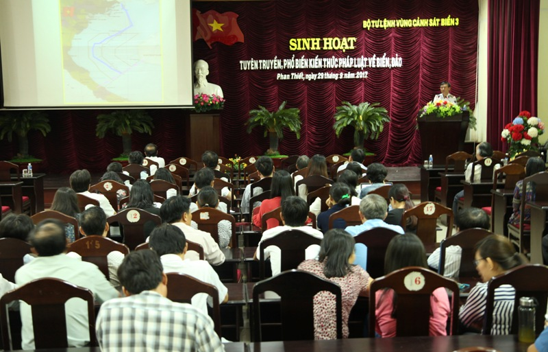 Bình Thuận: Tổ chức tuyên truyền, phổ biến kiến thức pháp luật về biển, đảo  