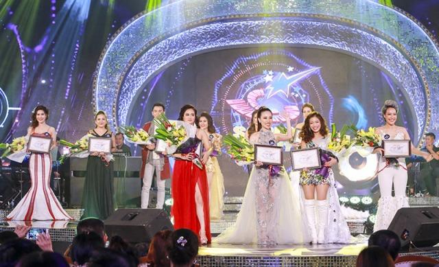 Đêm thi phong cách nhạc nhẹ 4 nữ thí sinh lọt vào đêm xếp hạng trao giải Sao Mai toàn quốc 2017