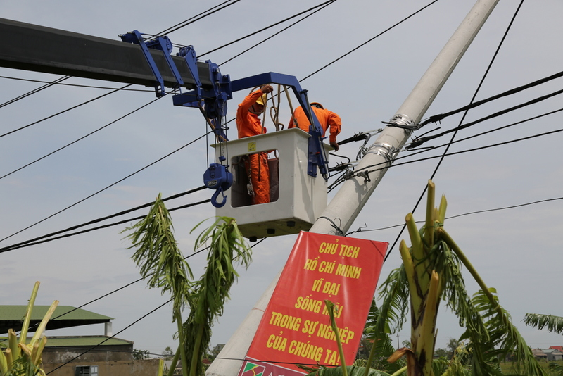 Cơ bản cấp điện trở lại toàn bộ phụ tải cho tỉnh Quảng Bình