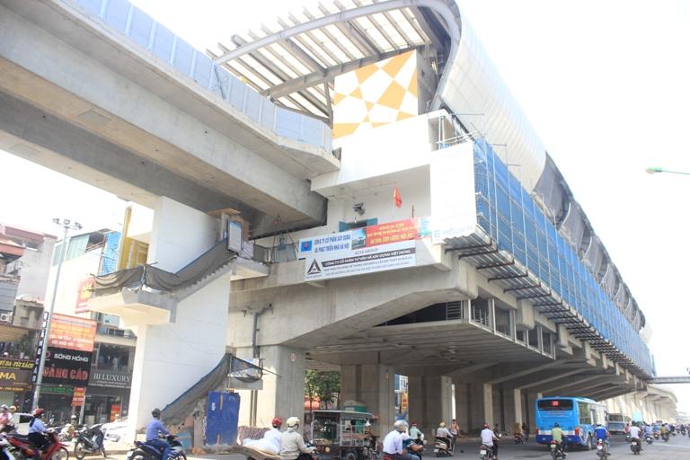 Chậm tiến độ, đường sắt Cát Linh - Hà Đông ngổn ngang các hạng mục