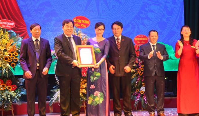 Trường ĐH Công nghiệp Hà Nội công bố đạt tiêu chuẩn kiểm định chất lượng giáo dục