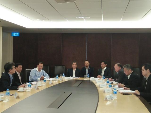 Đoàn cán bộ của Đảng ủy Khối các cơ quan Trung ương thăm và làm việc tại Xinh-ga-po