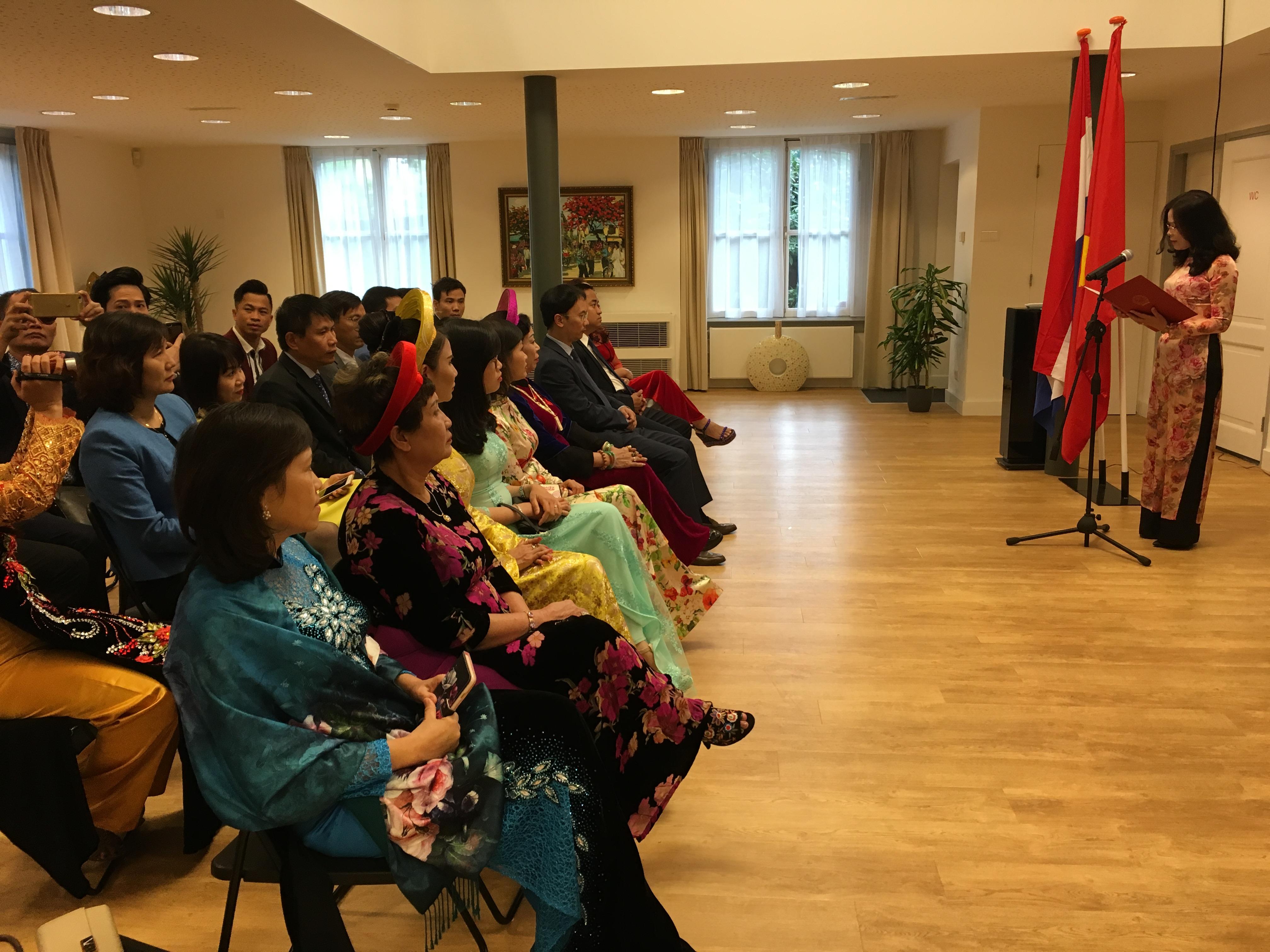 Đại sứ quán Việt Nam tại Hà Lan tổ chức Kỷ niệm 72 năm Cách mạng Tháng Tám và Quốc khánh 2/9
