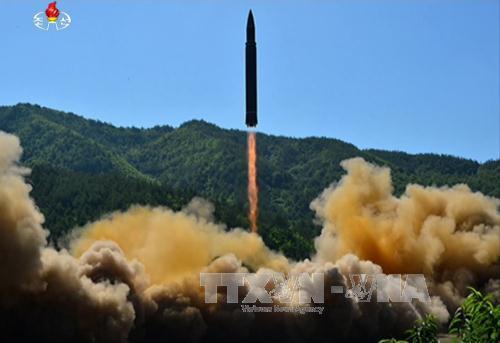 Tình báo Hàn Quốc nhận định Triều Tiên có thể phóng tên lửa liên lục địa vào tháng tới