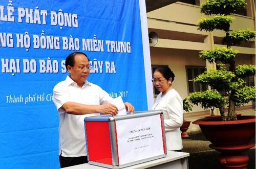 Thành phố Hồ Chí Minh phát động quyên góp ủng hộ đồng bào miền Trung