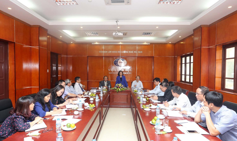 Giám sát thực hiện Nghị quyết về phát triển khoa học và công nghệ và Luật khoa học công nghệ  